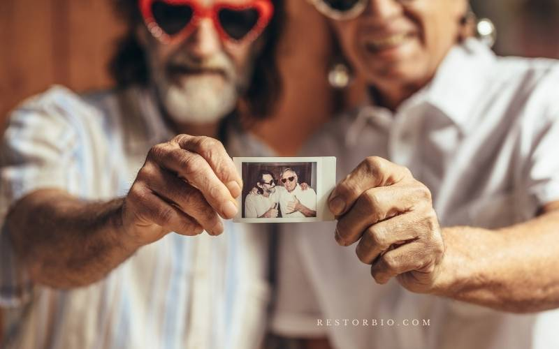 How does memory change with age Psychology