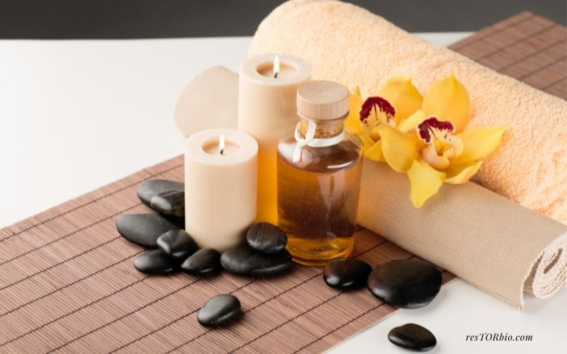 Use Candles To Warm Massage Oil