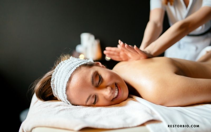 Why is it ethical to pay tips to massage therapists
